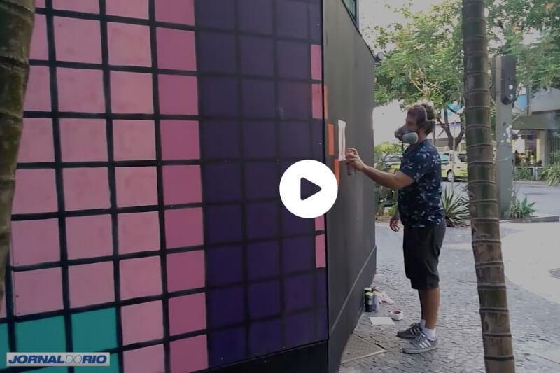 Capa Empresas convidam artistas para levar vida a tapumes espalhados na cidade